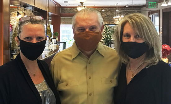 adeler jewelers family masked for covid-19